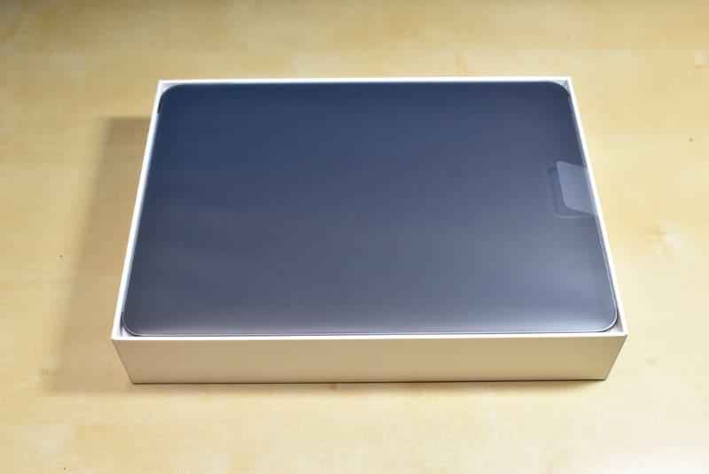 発売日に到着したiPad Pro