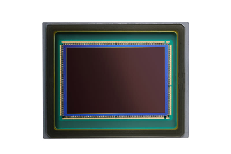 新開発の裏面照射積層型CMOSセンサー
