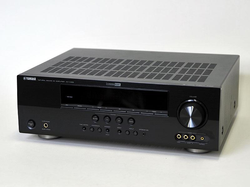 ヤマハの低価格AVアンプ「AX-V465」を中心に話を進める