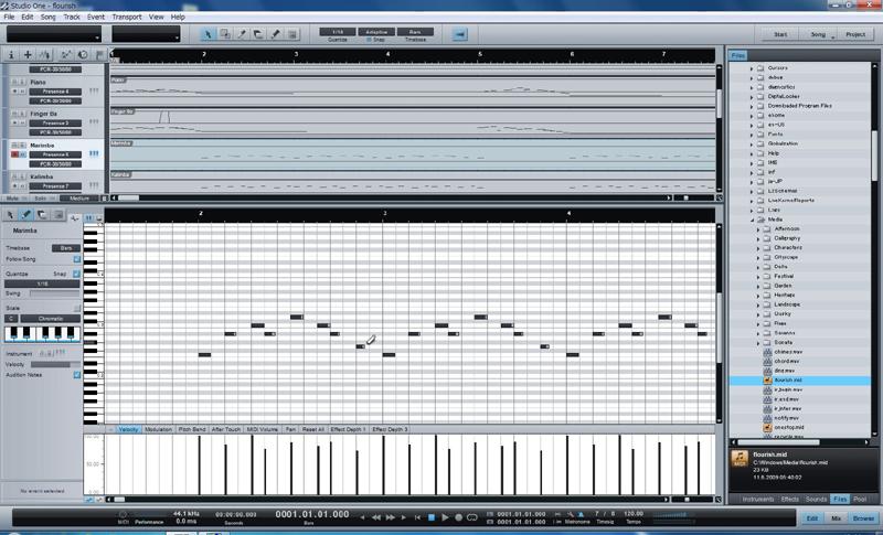 MIDIエディット機能では、ピアノロール画面が基本となる