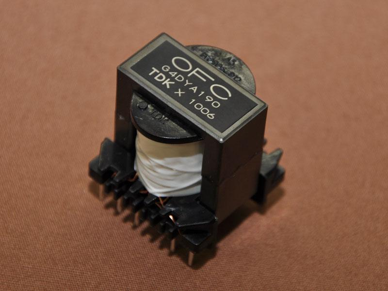 新開発のOFC電源トランスを採用
