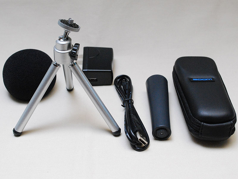 ウィンドスクリーンやミニ三脚などがセットのH1 Accessory Pack