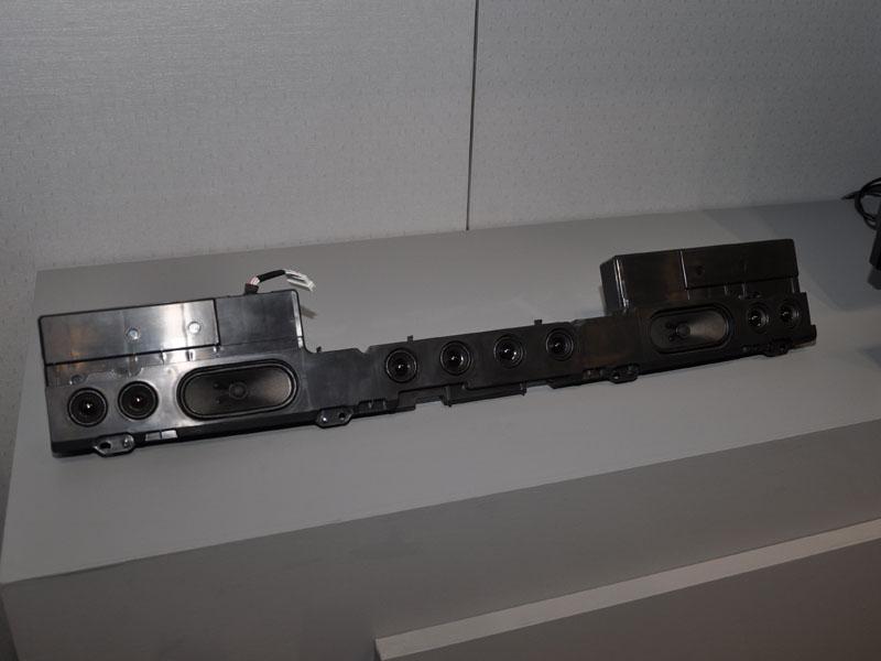 10スピーカー搭載の「DIATONE スピーカーシステム」