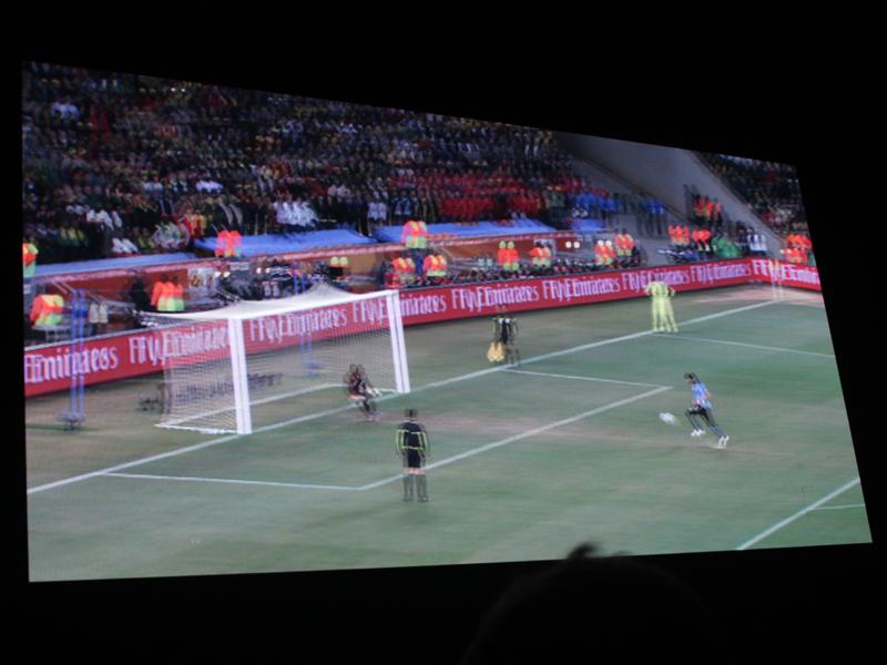 「もっとも成功した3Dコンテンツ」として、W杯南アフリカ大会の3D映像が上映された