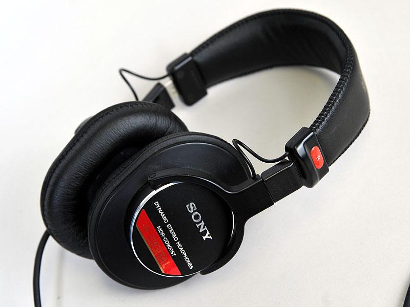 <FONT size=2>MDR-CD900ST</FONT>