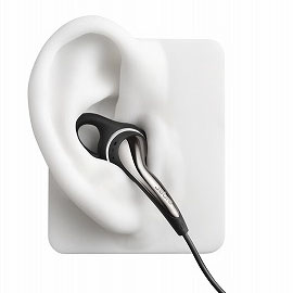 CHILLは、Ultimate-fit Eargelsにより様々な耳の形に対応