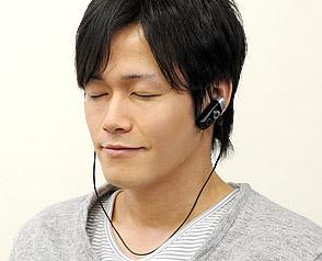 サブイヤフォン追加で、音楽も楽しめる
