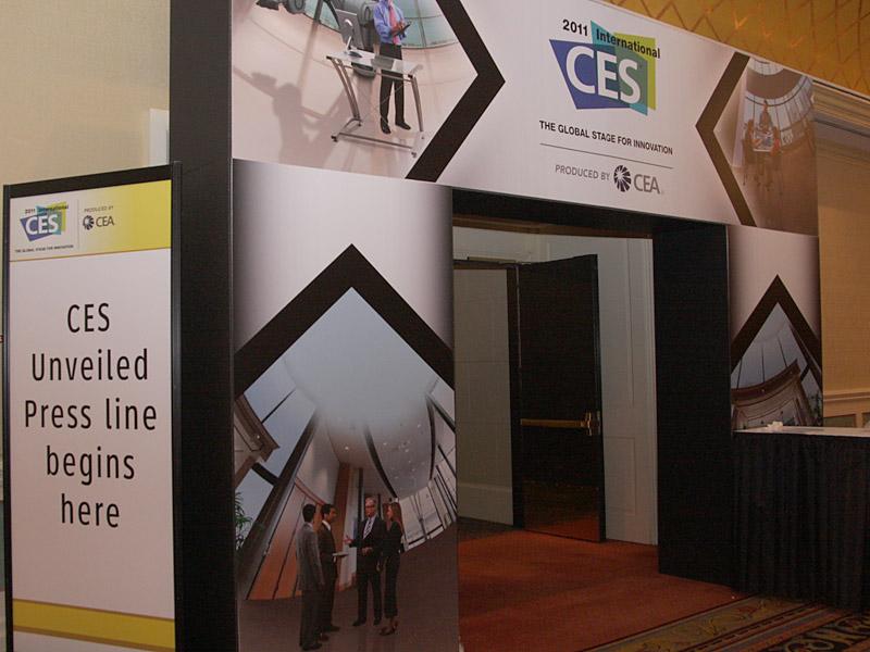 4日に行なわれた「CES Unveiled」の会場入口