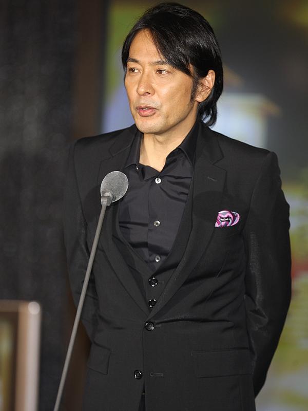 <CENTER>徳永英明さん</CENTER>