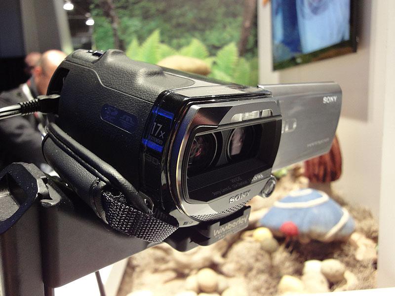 二眼3Dハンディカム、HDR-TD10
