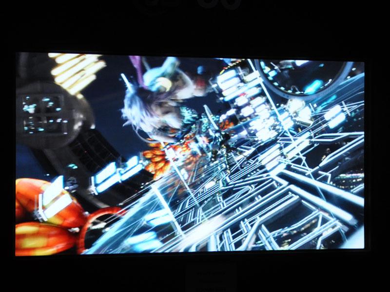 56型の4Kグラスレス3Dテレビ