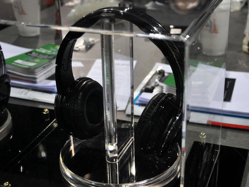 50 CENTとコラボレートしたヘッドフォン「SLEEK BY 50 CENT」