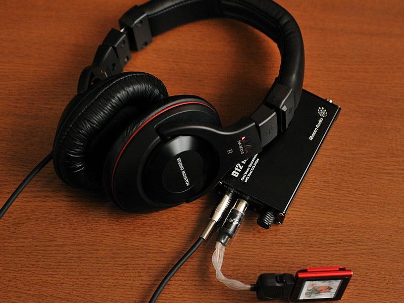 HA-MX10-Bをヘッドフォンアンプと組み合わせたところ