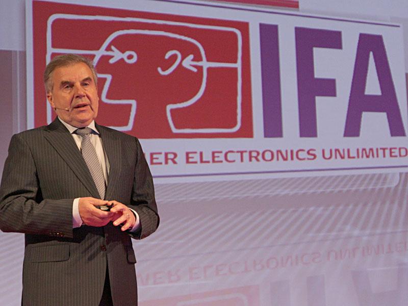 主催のドイツ民生通信エレクトロニクス協会(gfu)の監査役会議長、Rainer Hecker氏
