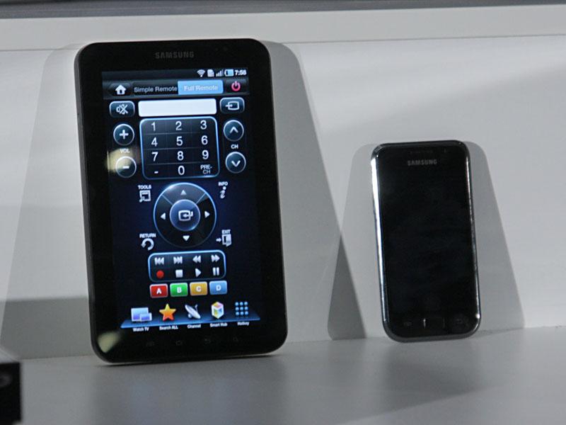 Galaxy TabとGalaxy S(いずれも発売中の初代モデル)