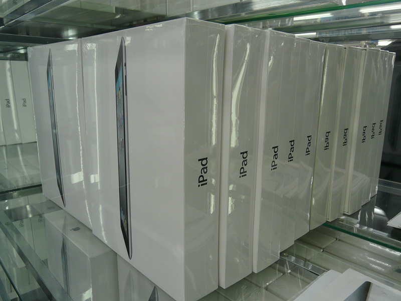 品薄の状況が続くiPad 2。店頭に在庫が確保される日はいつになるのか