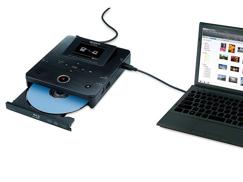PCと接続して外付けBDドライブとして使う事もできる