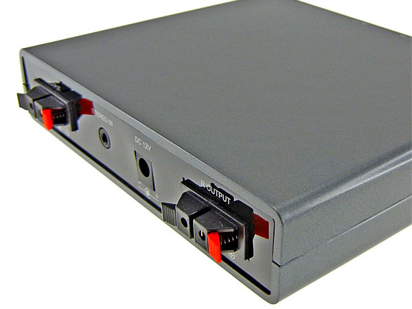 「DN-CGT7」の背面