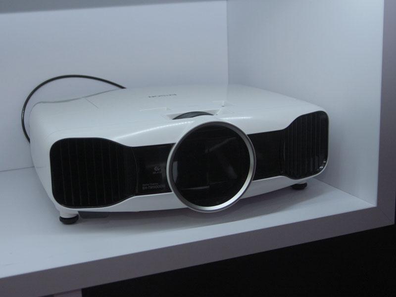 EH-TW9000