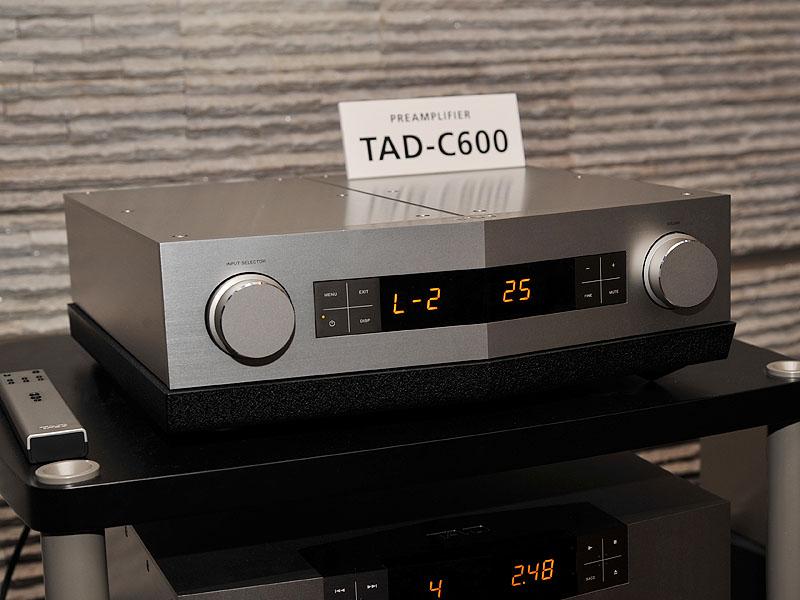 プリアンプ「TAD-C600」
