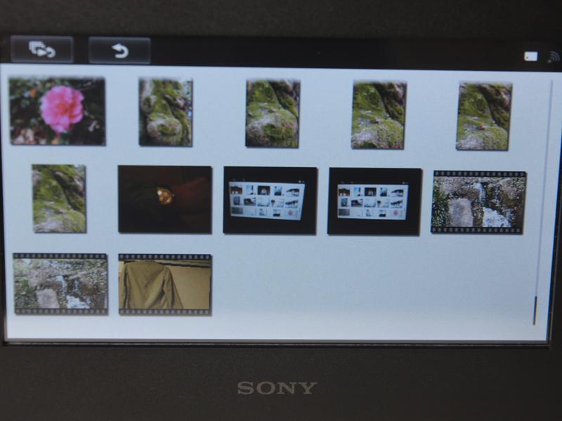 SDカード内のファイルをサムネイルで一覧表示。動画は静止画の後に表示された