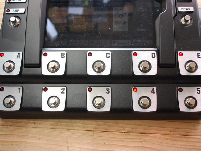 5つのボタンを踏むとプリセットが呼び出せる