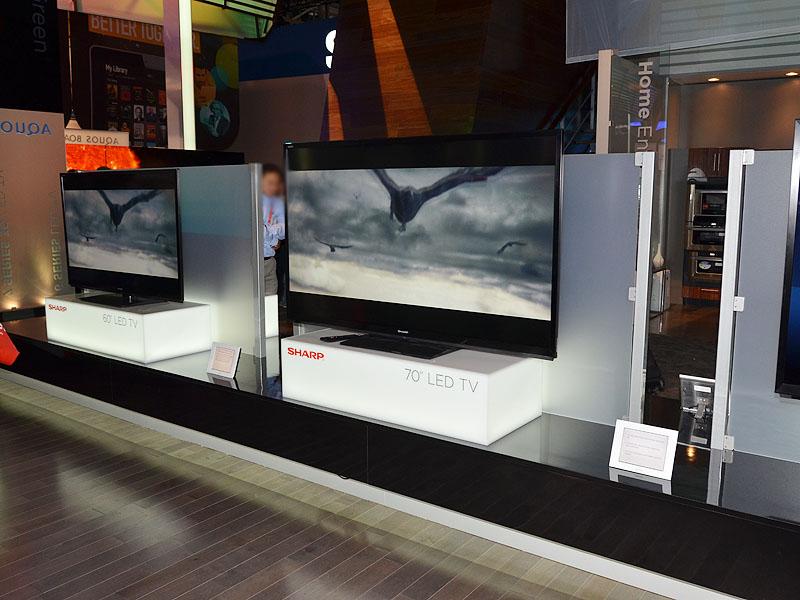 AQUOS 7シリーズはUV2A/RGBの3D対応モデル
