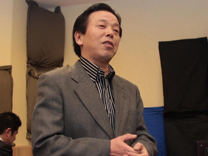 ウッドコーンスピーカーの開発者である今村智氏