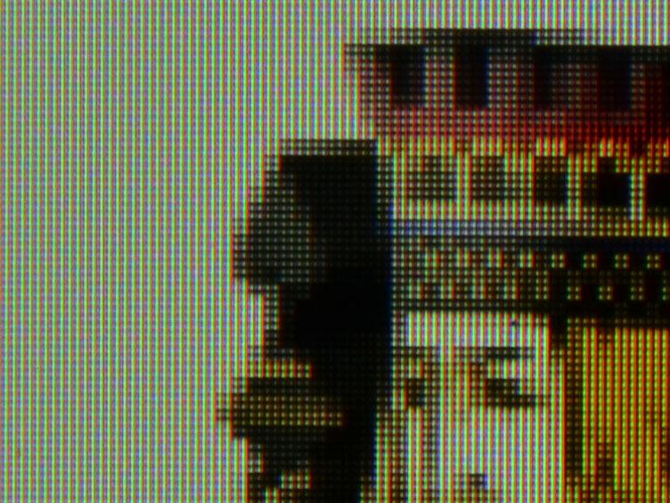 アスペクトモード=ネイティブ:フルHDを縦横二倍で再生