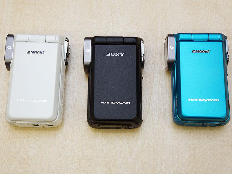 カラーはホワイト(W)、ブラック(B)、ブルー(L)