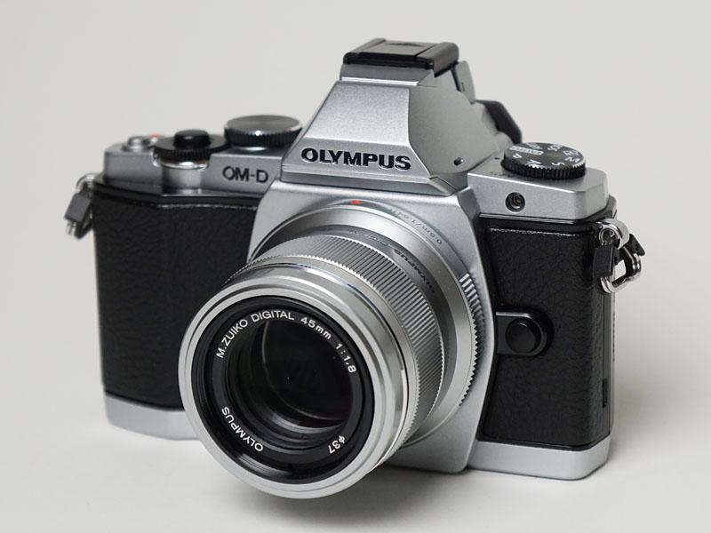 ポートレート単焦点「45mm/F1.8」