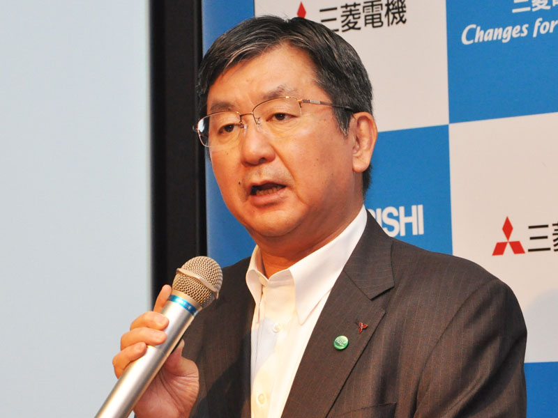 リビングデジタルメディア事業本部長の梅村博之氏