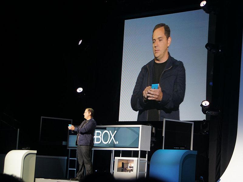 Xbox 360用のInternet Exploror 10が登場。Xbox SmartGlassで連携したスマートフォンなどで操作する