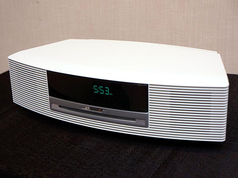 「Wave music system III」のプラチナムホワイト