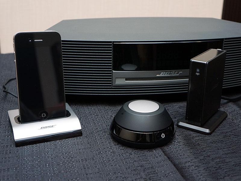 左から「Wave接続キット」、「コントロールポッド」、「Wave Bluetooth Music Adapter」