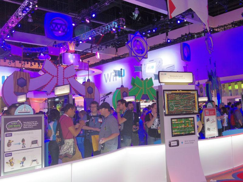 E3 任天堂ブース。今回の主役は完全にWii Uで、大量の実機を用意し、可能な限り並ばずに体験できるよう配慮されていた
