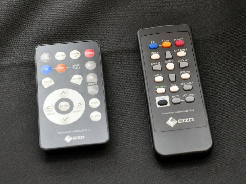 従来モデルのリモコン(左)と比較