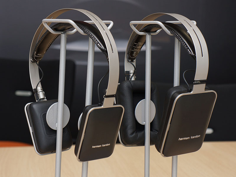 左からコンパクトな「harman/kardon CL」、Bluetooth対応「harman/kardon BT」