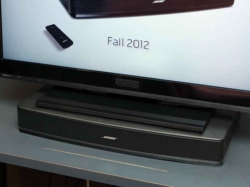 台座型のテレビ向けスピーカー「Solo TV sound system」