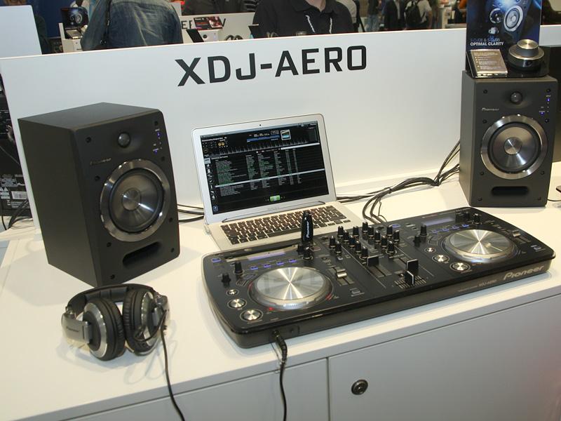 XDJ-AERO