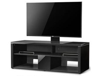 別売金具を使った壁寄せ設置の例。写真のテレビは47型