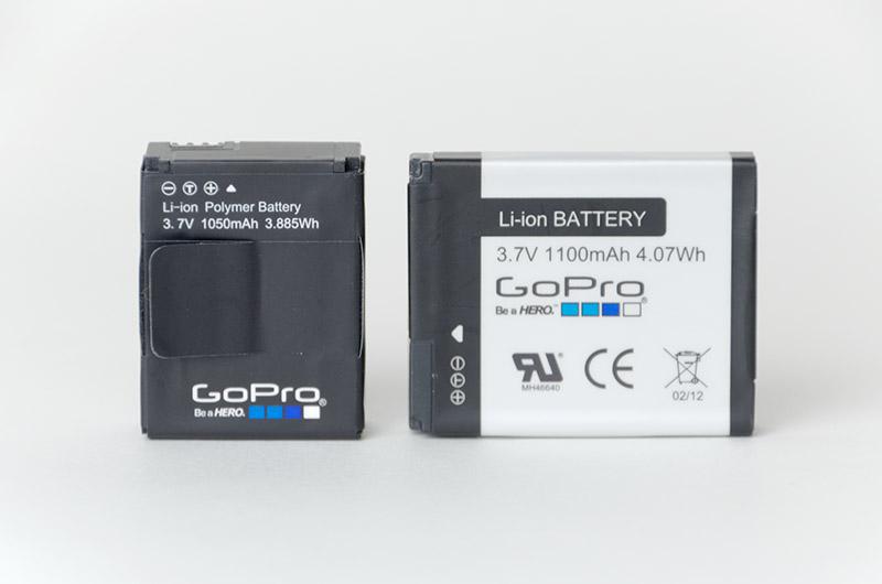 バッテリ容量は1050mAh。HERO2より少なくなった