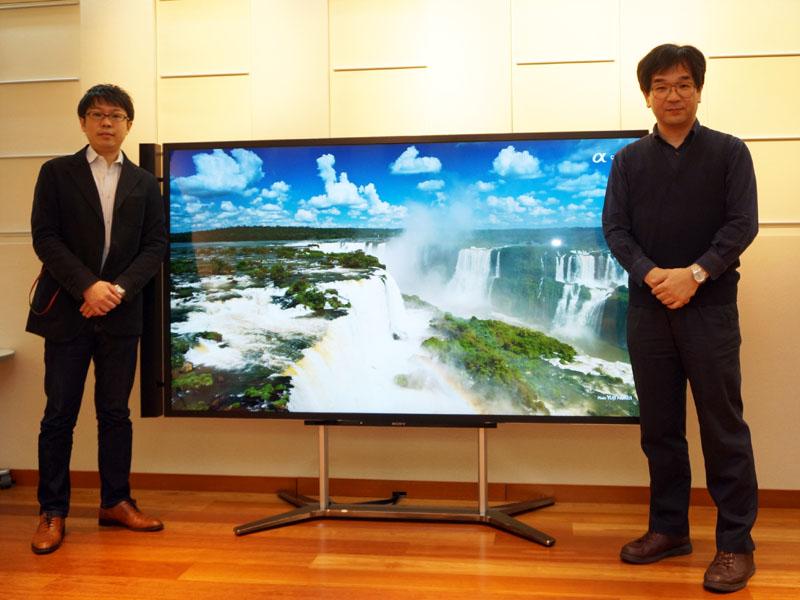 商品企画担当の山田誠氏(左)と画質設計担当の井川直樹氏(右)
