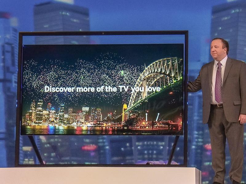 会場で披露された4K2Kテレビの「S9 UHD TV」