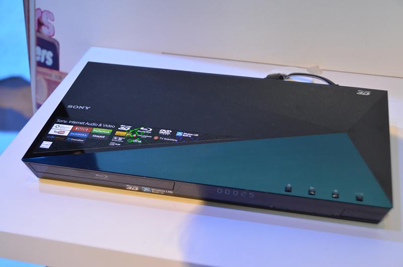 今回のCESで発表されたTRILUMINOS Color対応Blu-rayプレーヤー「BDP-S5100」