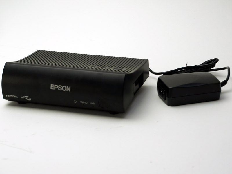 EH-TW8100Wに付属するWirelessHDトランスミッター