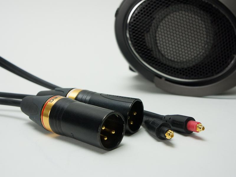 ShureのSRH1840と、サエクのSRH1840/1440用交換ケーブル「SHC-B300FH80」