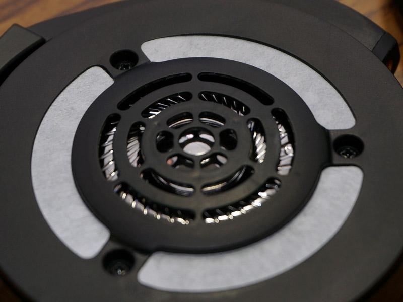 新開発の振動板はチタンコーティングを採用