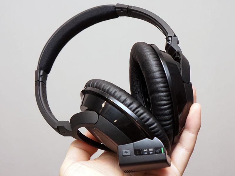 AE2w Bluetooth headphones