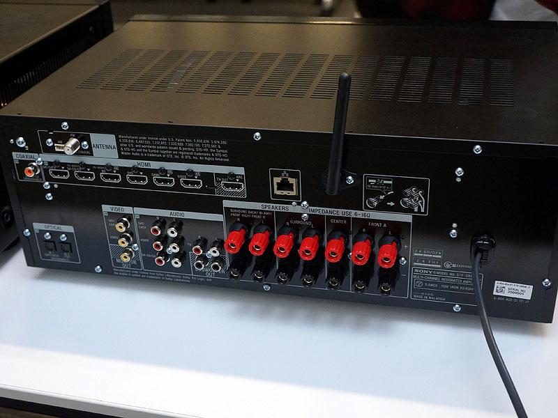 STR-DN840の背面